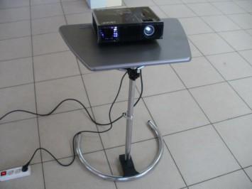 Проектор Acer X1140A со столиком